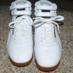 afe00c24cd7 Reebok Shoes - NWOB Reebok Classic Leather High Tops Sz 7.5